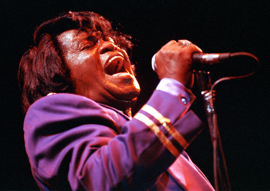 UNITED KINGDOM - JANUARY 01:  Photo of James BROWN; performing live onstage  (Photo by Ian Dickson/Redferns)
