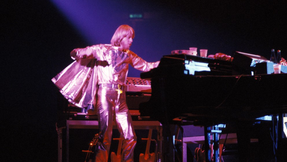 UNITED KINGDOM - OCTOBER 24:  Photo of YES and Rick WAKEMAN; Rick Wakeman performing live onstage with Yes, wearing gold cape
