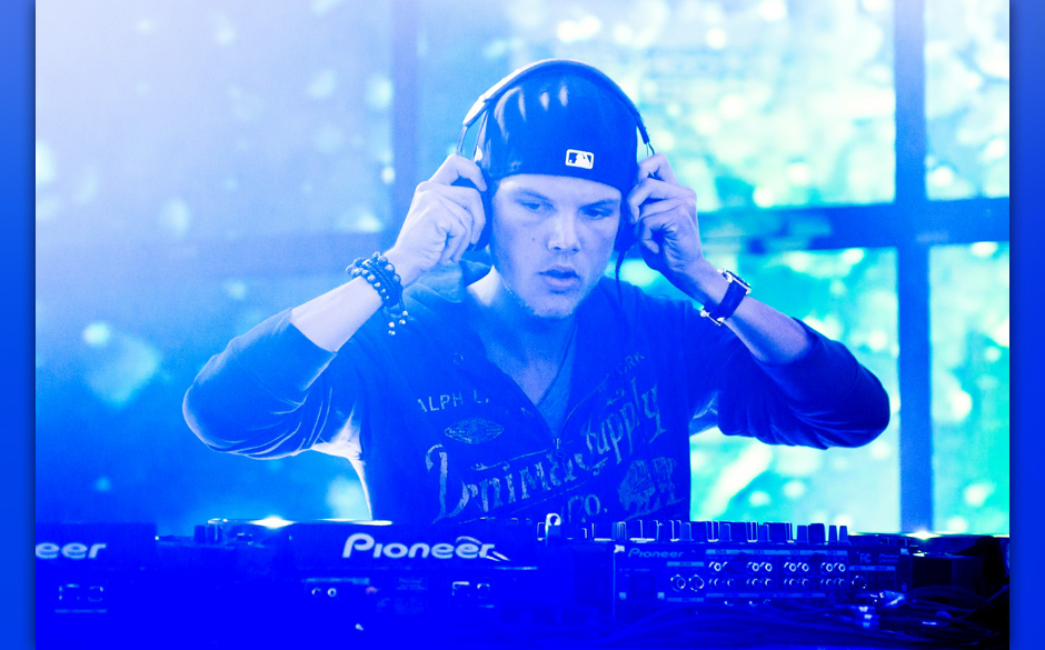 NEW YORK, NY - OCTOBER 01:  Avicii performs at the MLB Fan Cave on October 1, 2013 in New York City.  (Photo by Mike Pont/Wir