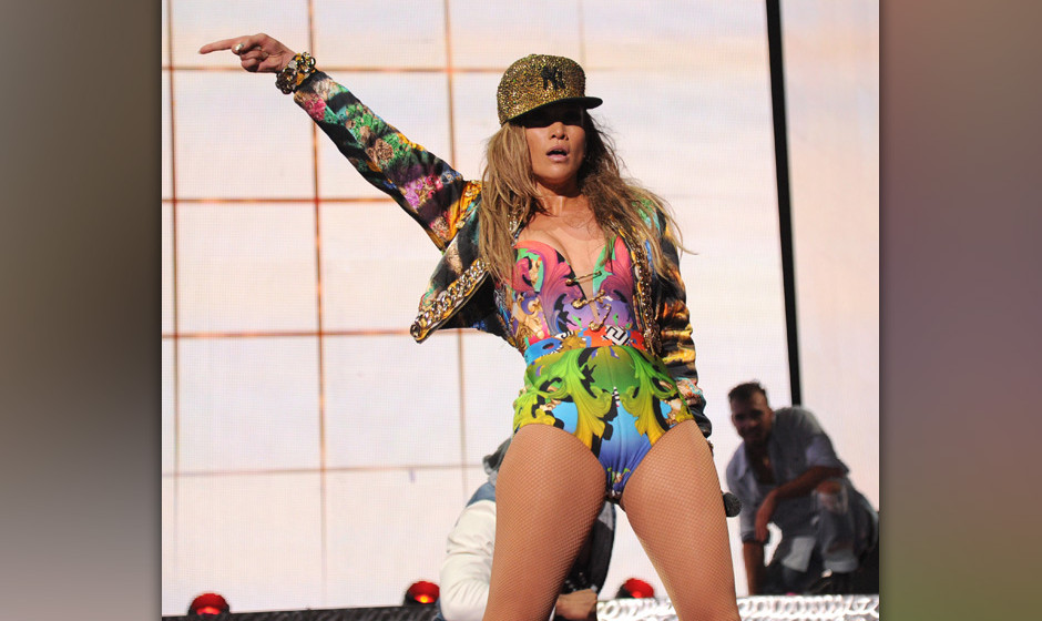 BRONX, NY - JUNE 04:  Jennifer Lopez performs onstage during her first ever hometown concert to launch State Farm Neighborhoo