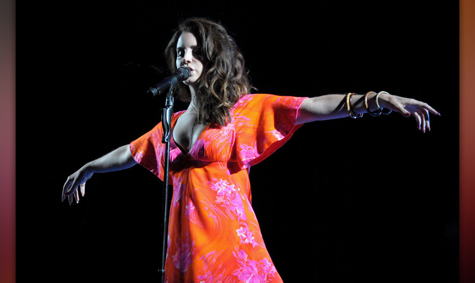 INDIO, CA - APRIL 13:  Singer Lana Del Rey performs onstage during day 3 of the 2014 Coachella Valley Music & Arts Festiv