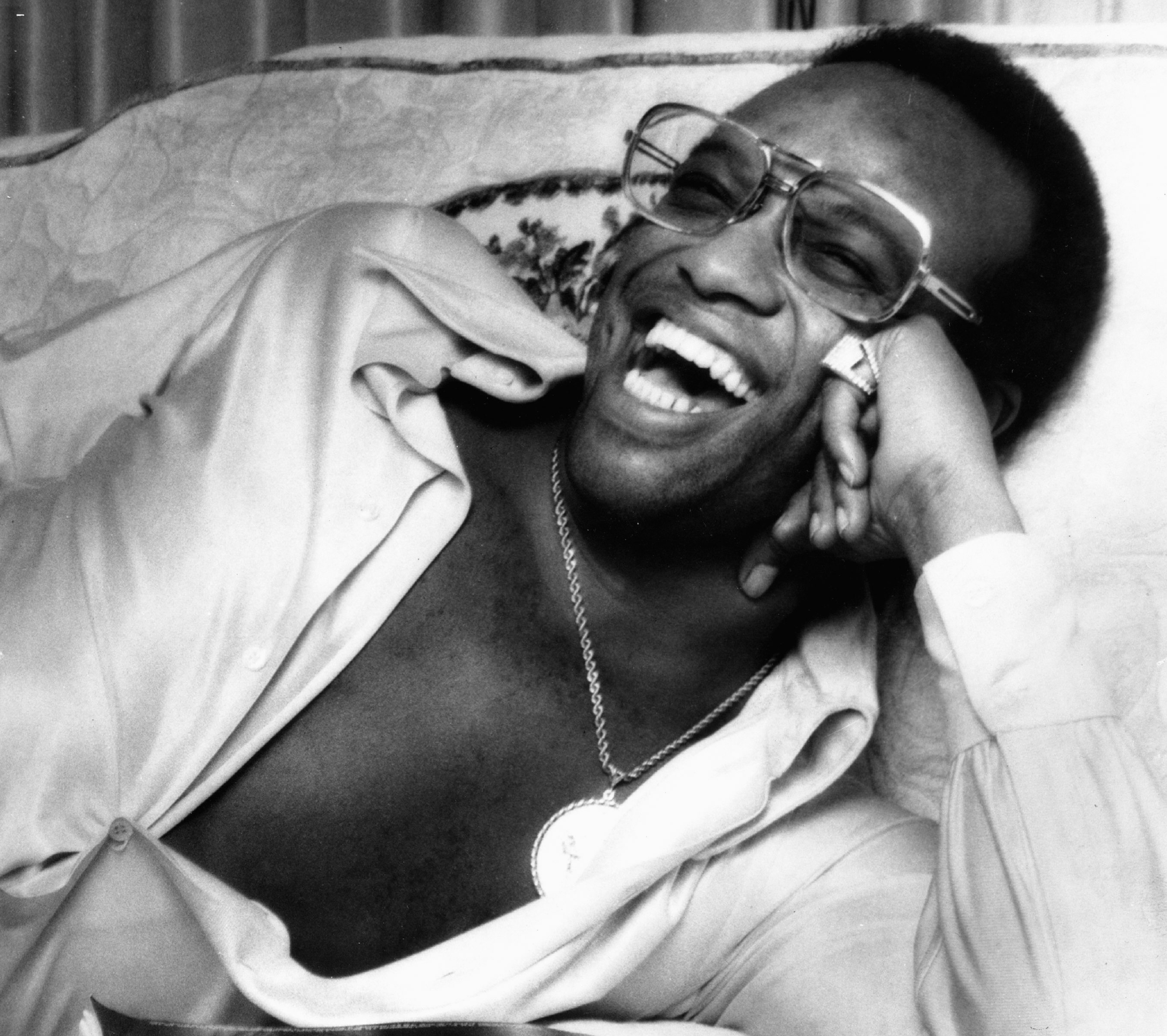 UNSPECIFIED - JANUARY 01:  Photo of Bobby WOMACK; Posed portrait of Bobby Womack, sunglasses  (Photo by Echoes/Redferns)