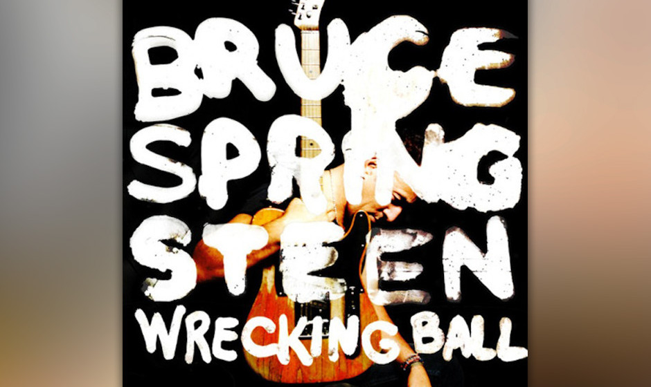 """40. 'Wrecking Ball' (2012)  """"And all our little victories and glories have turned into parking lots"""" – die USA stecken"""