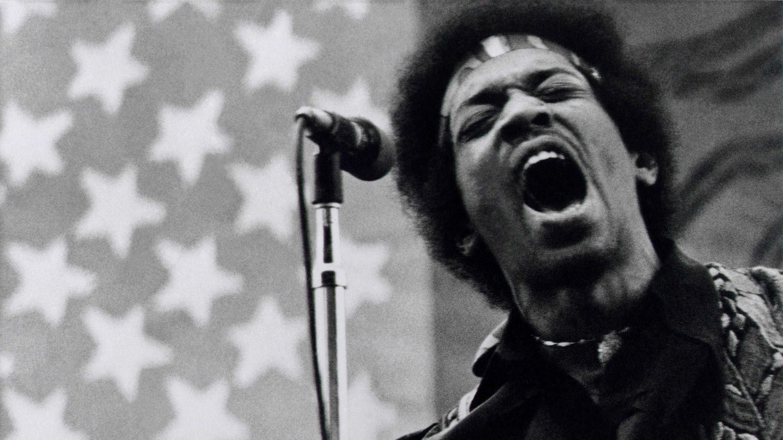 SACRAMENTO - April 26:   Jimi Hendrix performs at Golden Bear raceway in Sacramento, California on April 26, 1970. (Photo by