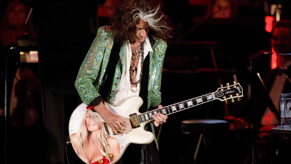 LOS ANGELES, CA - JUNE 22:  Recording artist Joe Perry performs at Hollywood Bowl Opening Night Gala - Inside at The Hollywoo