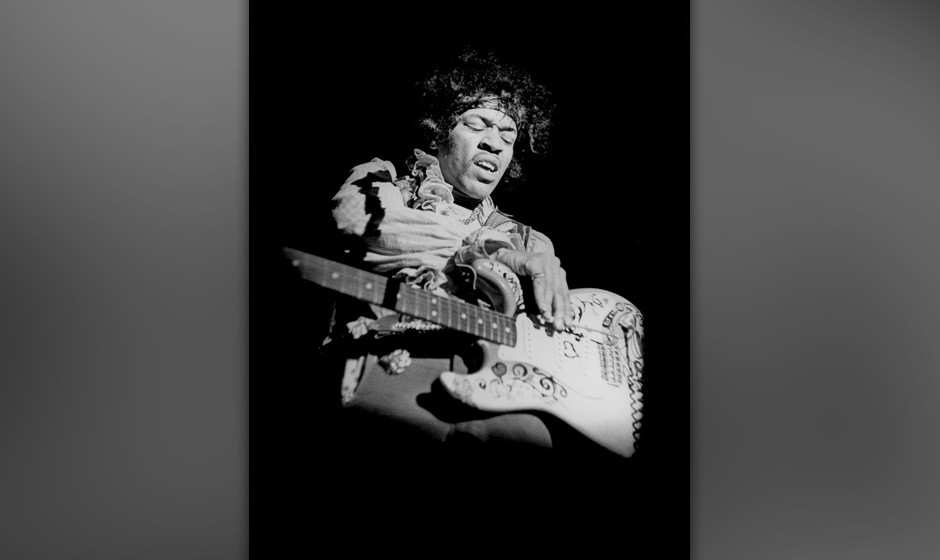 MONTEREY - JUNE 18: American guitarist Jimi Hendrix (1942 - 1970) plays his Fender Stratocaster guitar while performing at th
