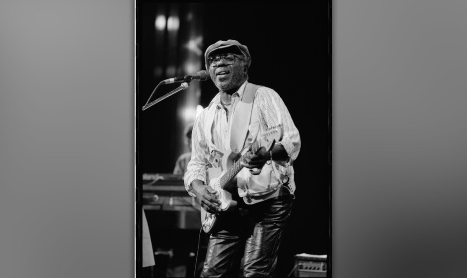 UNSPECIFIED - CIRCA 1980:  Photo of Curtis Mayfield  (Photo by David Corio/Michael Ochs Archives/Getty Images)