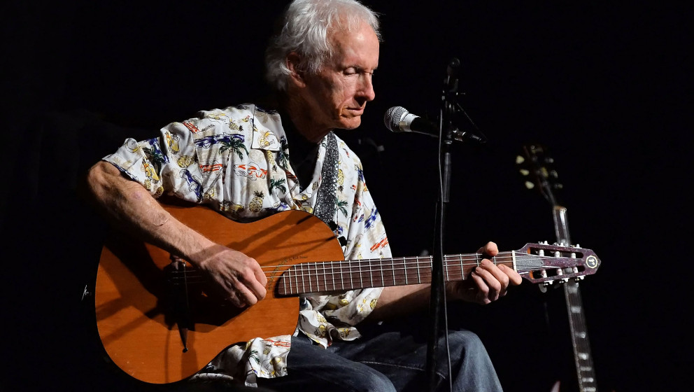 LOS ANGELES, CA - DECEMBER 05:  Musician Robby Krieger performs onstage at the Film Independent at LACMA Presents An Evening