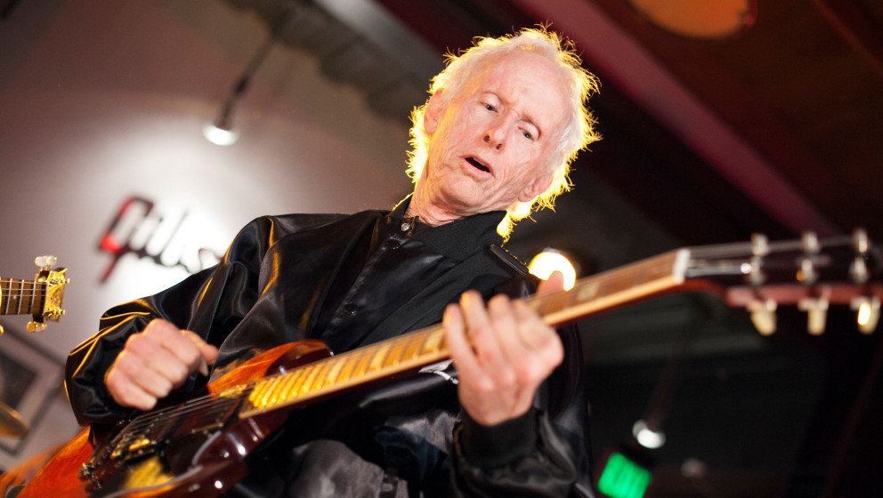 BEVERLY HILLS, CA - JANUARY 22:  Robby Krieger performs at the Gibson Guitar Entertainment Relations Showroom Presents The Ar