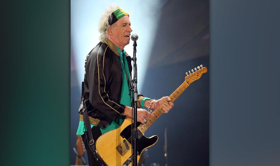 Der Gitarrist der Rolling Stones, Keith Richards, singt am 19.06.2014 in D¸sseldorf (Nordrhein-Westfalen). Foto: Oliver Berg