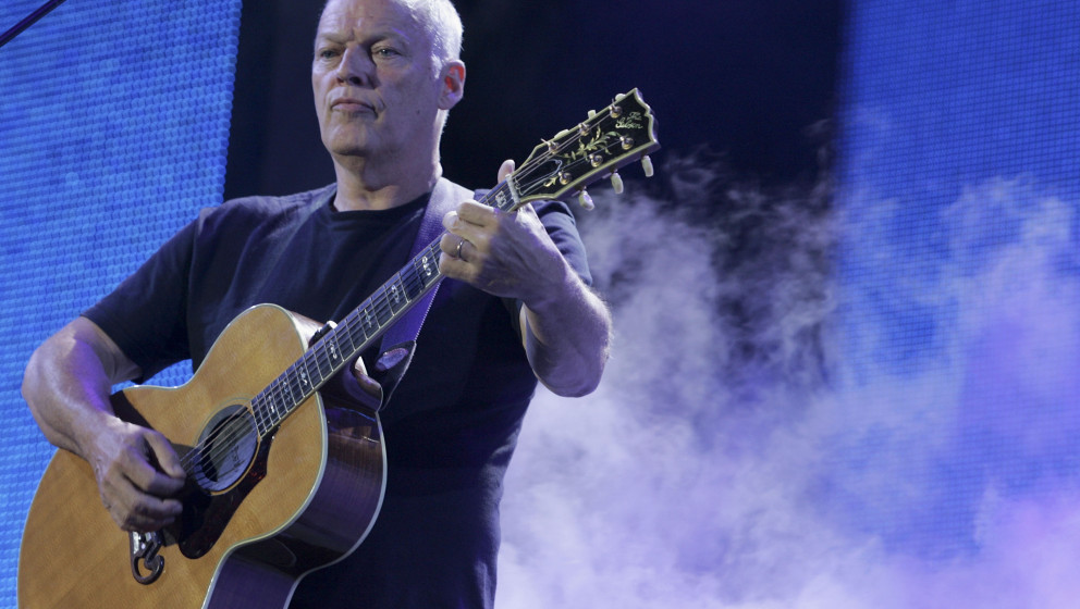 LONDON - JULY 02:  Dave Gilmour of Pink Floyd performs on stage at 'Live 8 London' in Hyde Park on July 2, 2005 in London, En