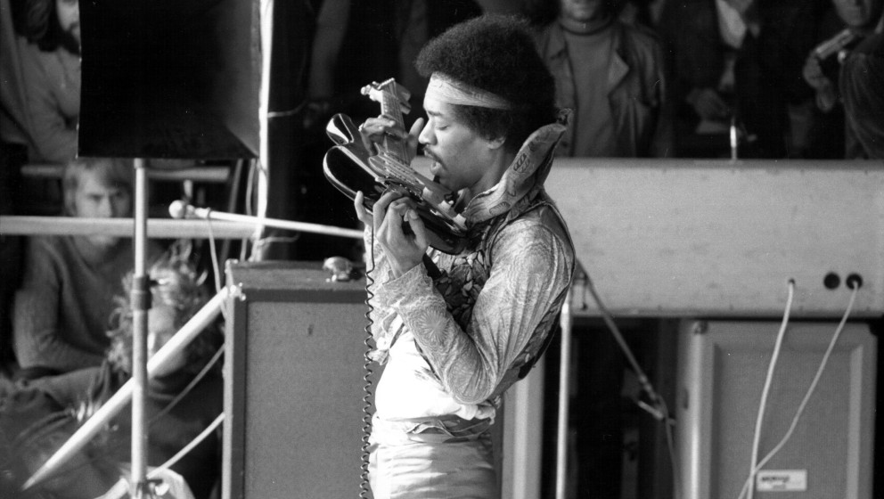 UNSPECIFIED - SEPTEMBER 06:  Photo of Jimi Hendrix  (Photo by Michael Ochs Archives/Getty Images)