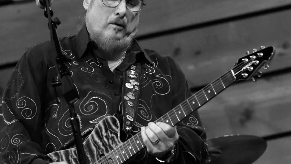NASHVILLE, TN - JANUARY 10:  (EDITORS NOTE: Image has been converted to black and white.) Guitarist/Songwriter Steve Cropper