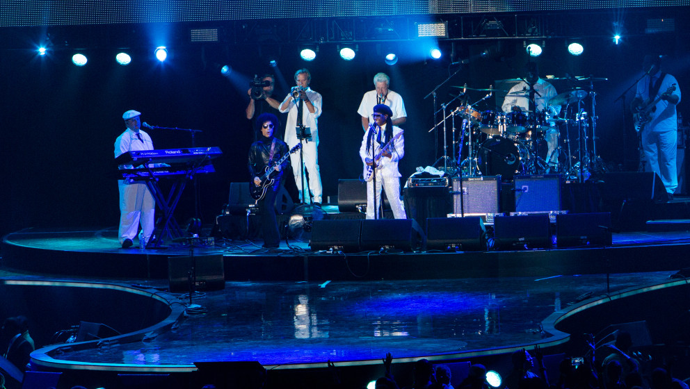 NEW ORLEANS, LA - JULY 04:  Prince joins Nile Rodgers on stage at the 2014 Essence Music Festival on July 4, 2014 in New Orle
