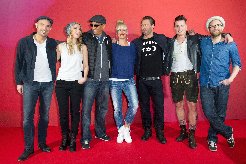 BERLIN, GERMANY - MARCH 06:  Roger Cicero, Sandra Nasic, Xavier Naidoo, Sarah Connor, Sasha, Andreas Gabalier and Gregor Meyl