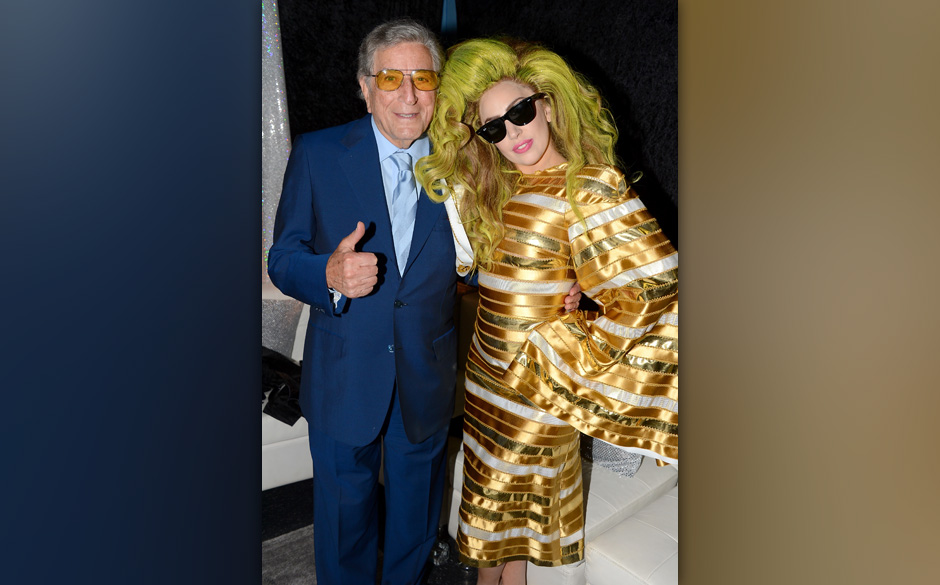 NEW YORK, NY - APRIL 06:  (EXCLUSIVE COVERAGE) Tony Bennett and Lady Gaga pose backstage after her show at Roseland Ballroom