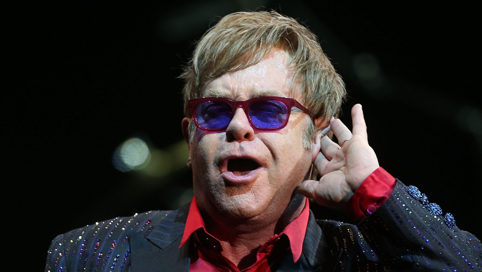 SYDNEY, AUSTRALIA - NOVEMBER 15:  Elton John performs for fans at the Sydney Entertainment Centre on November 15, 2012 in Syd