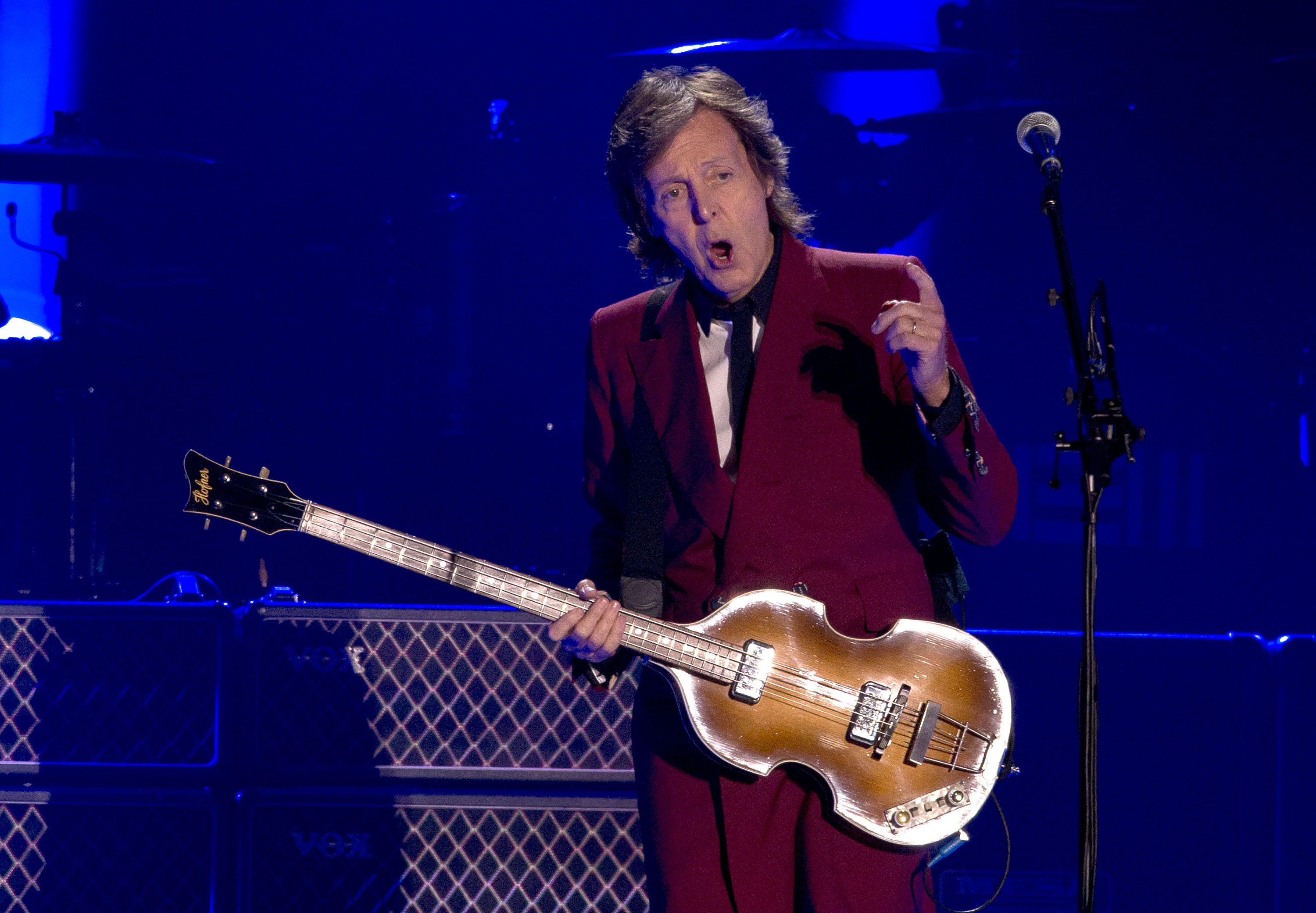 SAN FRANCISCO, CA - AUGUST 14:  Sir Paul McCartney performs live at the last event 'Farewell to Candlestick' concert at Candl