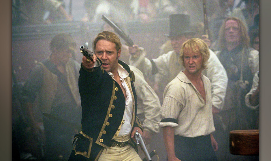 MASTER AND COMMANDER (US 2003) COPYRIGHT: TWENTIETH CENTURY FOX RUSSELL CROWE, BILLY BOYD PICTURE FROM THE RONALD GRANT ARCHI
