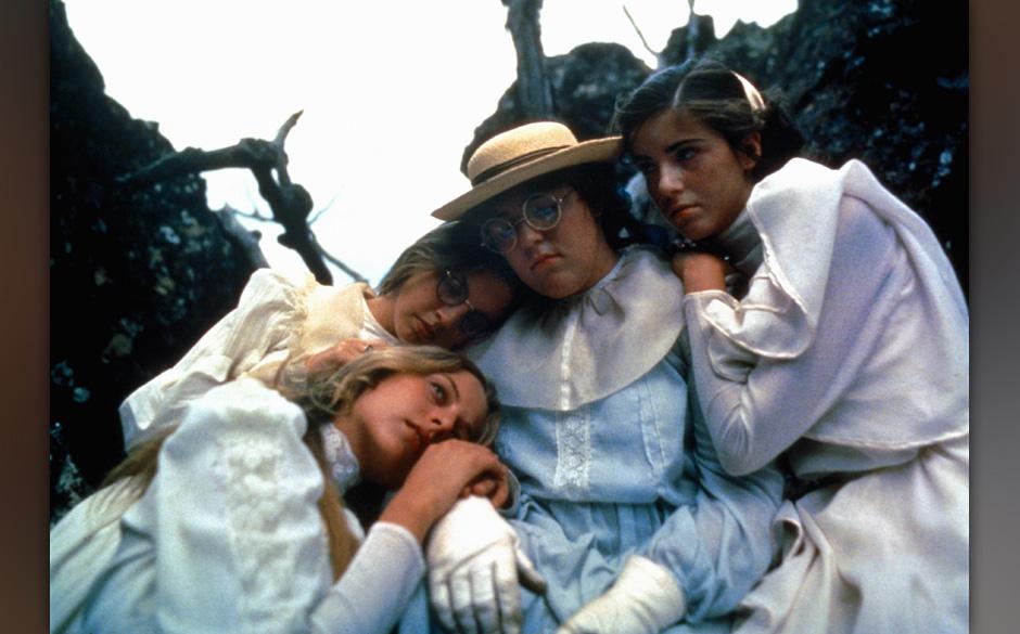 Picknick am Valentinstag (Picnic At Hanging Rock, AUS 1975, Regie: Peter Weir) Anne-Louise Lambert (vorn li.)  / Teenager, ju