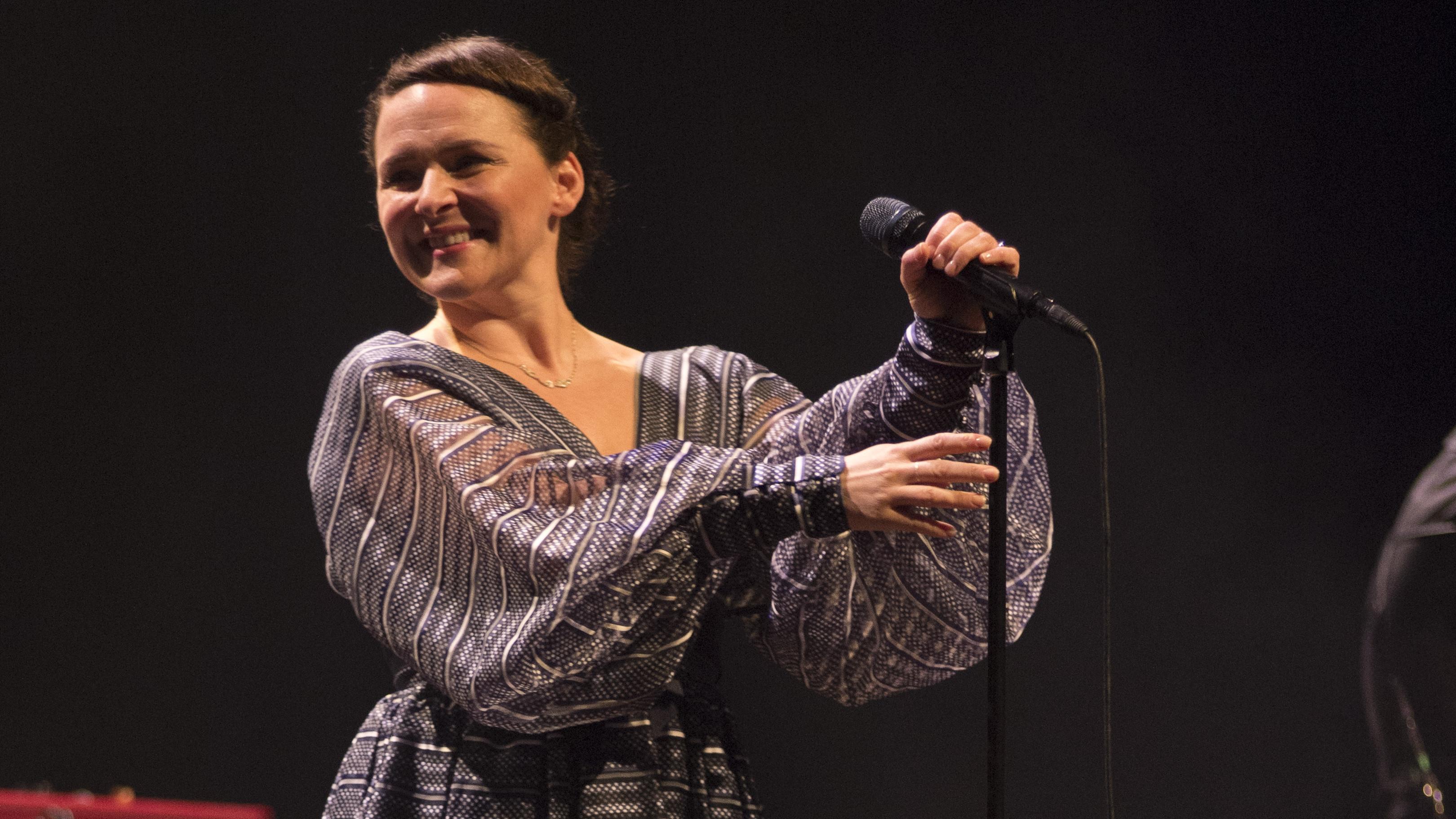 BARCELONA, SPAIN - APRIL 17:  Emiliana Torrini perfoms on stage at L'Auditori on April 17, 2015 in Barcelona, Spain  (Photo b