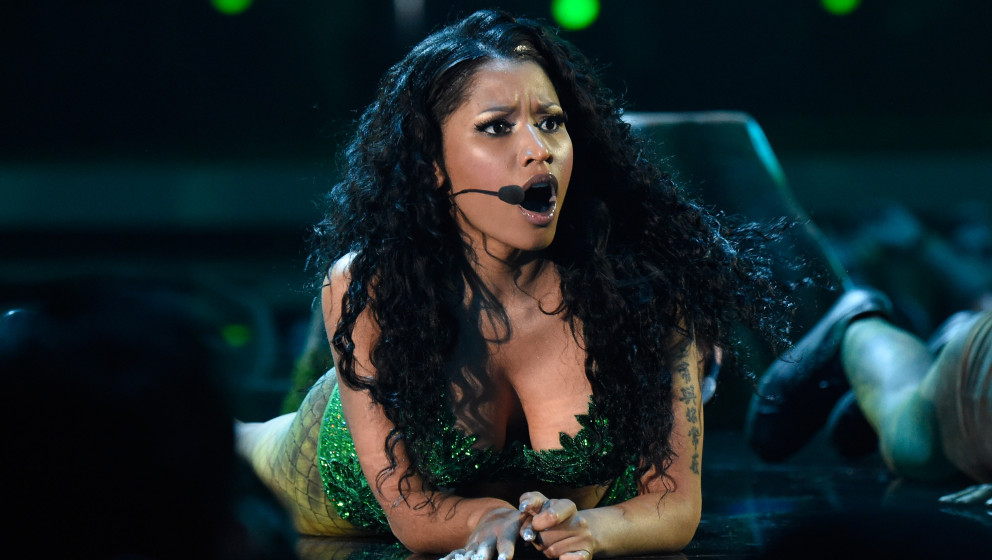 INGLEWOOD, CA - AUGUST 24:  Nicki Minaj performs onstage during the 2014 MTV Video Music Awards at The Forum on August 24, 20