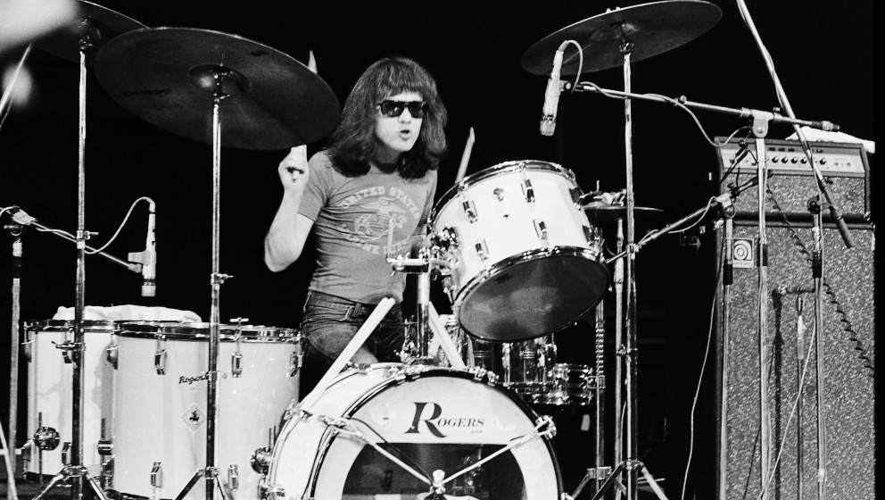 Tommy Ramone (Thomas Erdelyi) performs on stage with The Ramones at The Roundhouse in London on 4th July 1976. (Photo by Gus
