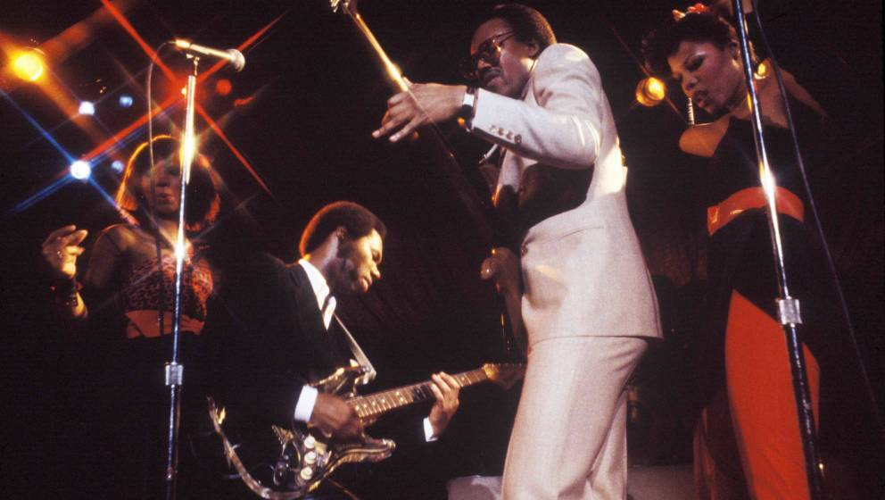 NEW YORK - 1979: (L - R) Luci Martin, Nile Rodgers, Bernard Edwards, and Alfa Anderson of the disco group Chic performing liv