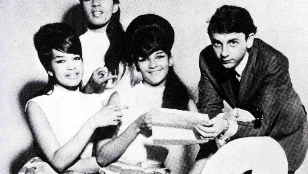 UNSPECIFIED - JANUARY 01:  (AUSTRALIA OUT) Photo of Phil SPECTOR and RONETTES; with The Ronettes  (Photo by GAB Archive/Redfe