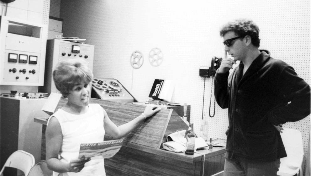 UNSPECIFIED - CIRCA 1960:  Photo of Phil Spector w/Darlene Love recording  (Photo by Ray Avery/Redferns)