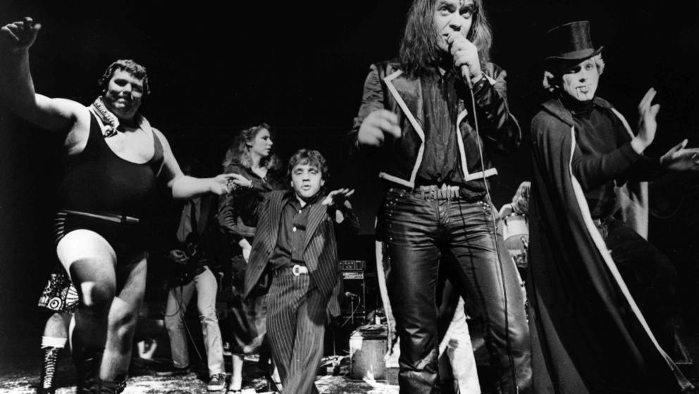 Udo Lindenberg performs on stage in 1975 in Germany. (Photo by Gijsbert Hanekroot/Redferns)