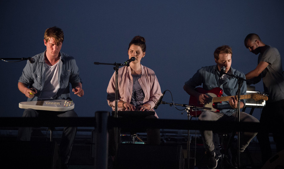 Juli, Auf den Dächern Festival 2014