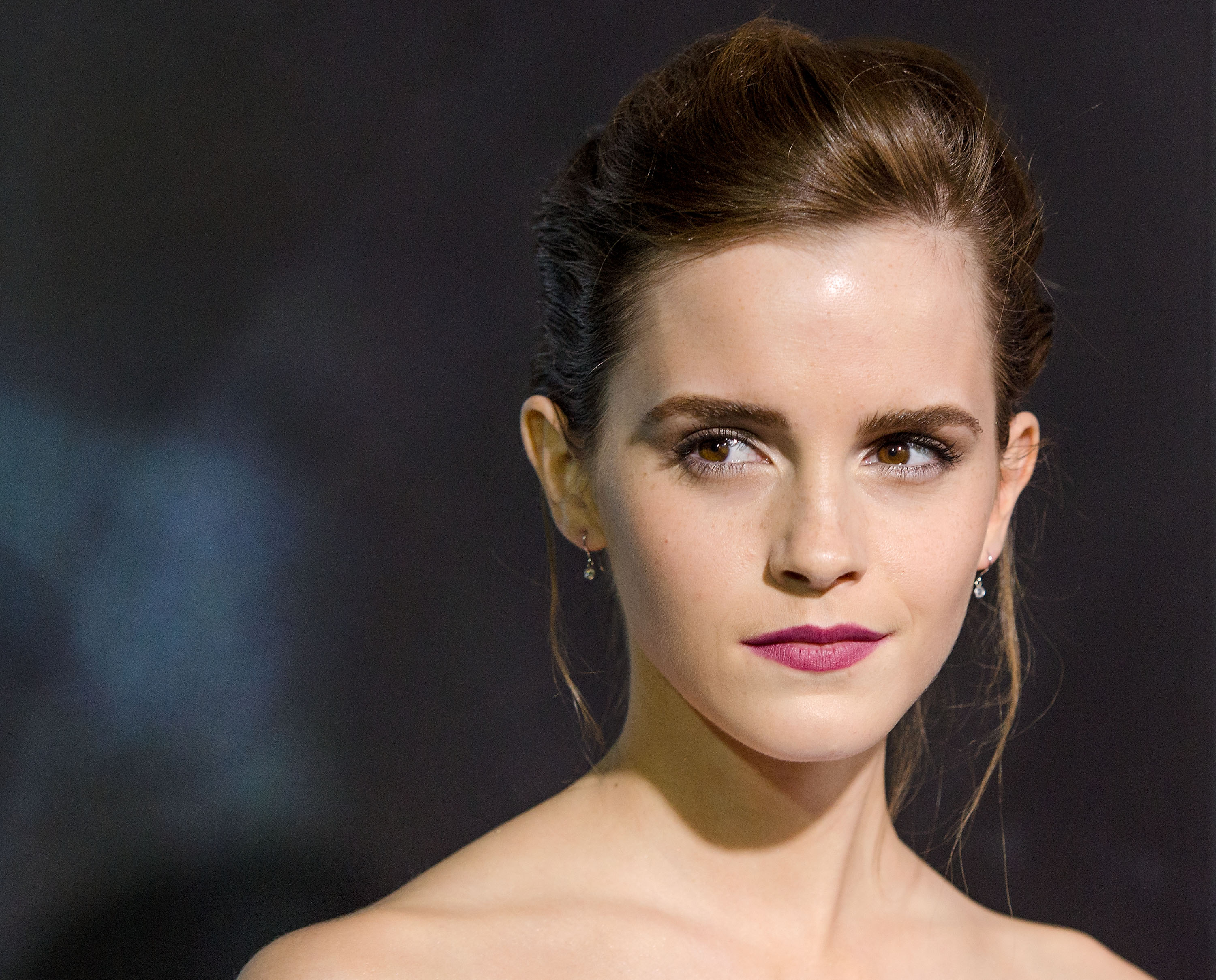 NEW YORK, NY - OCTOBER 01:  Emma Watson attends the 'Gravity' New York premiere at AMC Lincoln Square Theater on October 1, 2