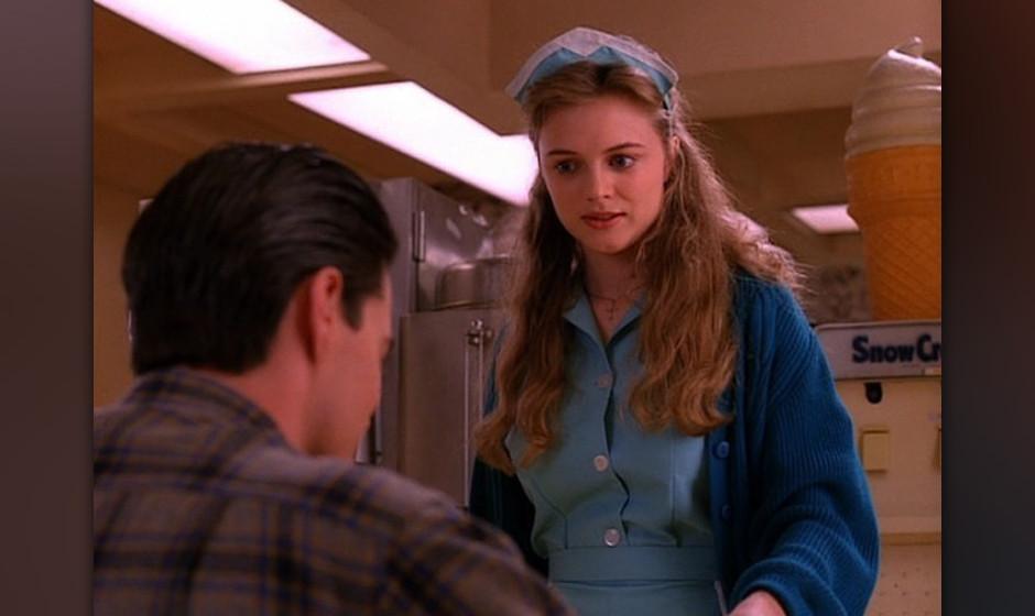 Annie Blackburn (Heather Graham). Graham war die Darstellerin, die – wenn auch nur kurzzeitig – wohl die größte Karrier