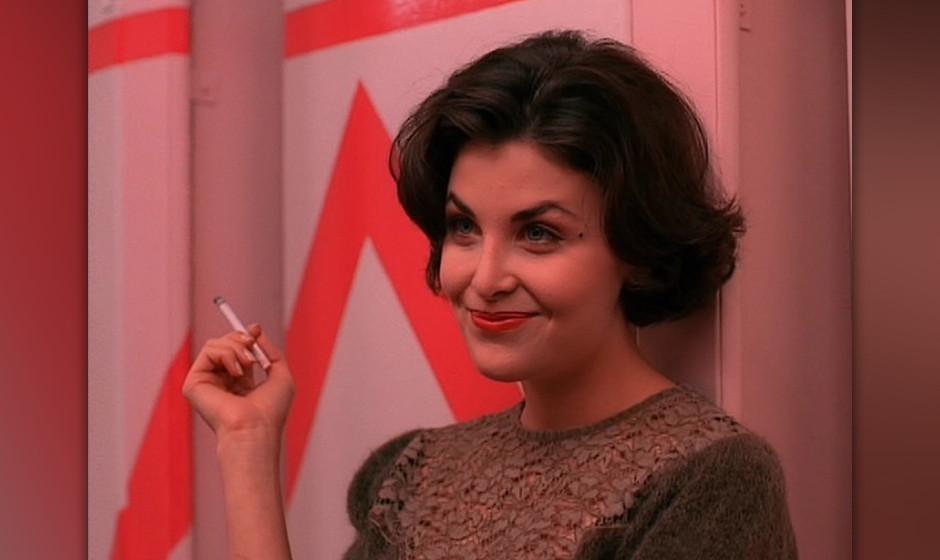 Audrey Horne (Sherilyn Fenn). Das verbotene 'love interest' von Dale Cooper, geheimnisvoll und lasziv.  Wahrscheinlichkeit: 7