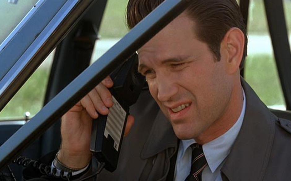 Chester Desmond (Chris Issak). Die Storyline des FBI-Agenten aus dem Kinofilm ist ungelöst. Er verschwand spurlos, womöglic
