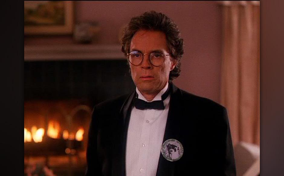 Benjamin Horne (Richard Beymer). Der Wirtschaftsboss war Hauptverdächtiger im Fall Laura –die Frau, die er liebte.  Wahr