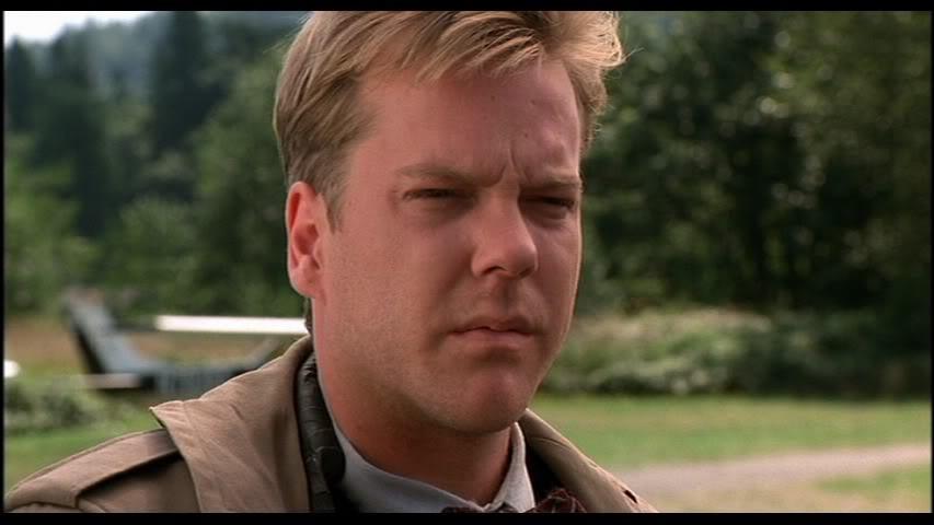 Sam Stanley (Kiefer Sutherland).  Nach '24' hatte Sutherland, der in 'Fire Walk With Me' einen im Weg stehenden FBI-Mann verk