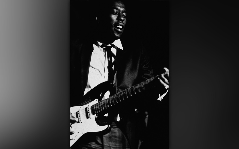 American blues guitarist Buddy Guy performs, 1970. (Photo by Tucker Ransom/Getty Images)