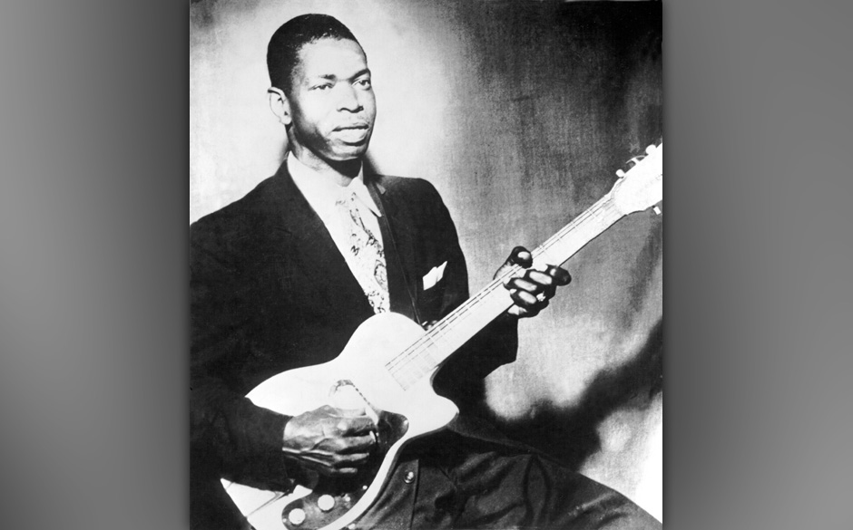 UNSPECIFIED - CIRCA 1970:  Photo of Elmore James  Photo by Michael Ochs Archives/Getty Images