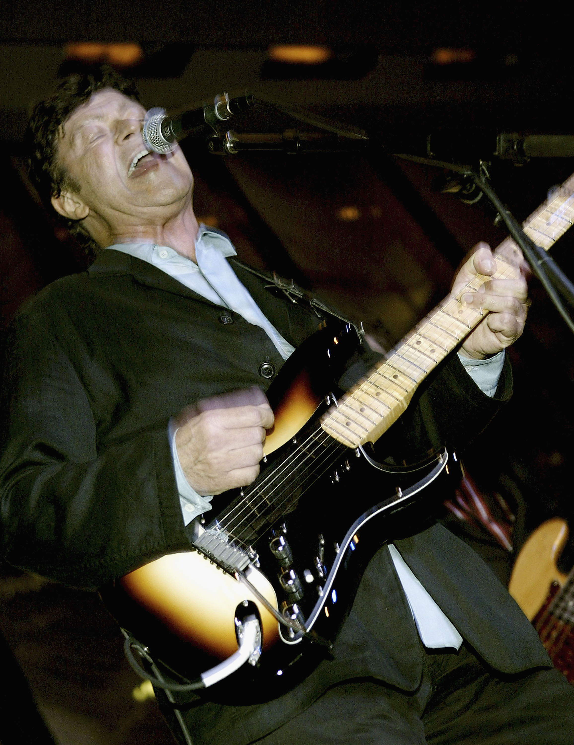NEW YORK - SEPTEMBER 29: (U.S. TABS AND HOLLYWOOD REPORTER OUT) Musician Robbie Robertson performs his new song 'Shine Your L
