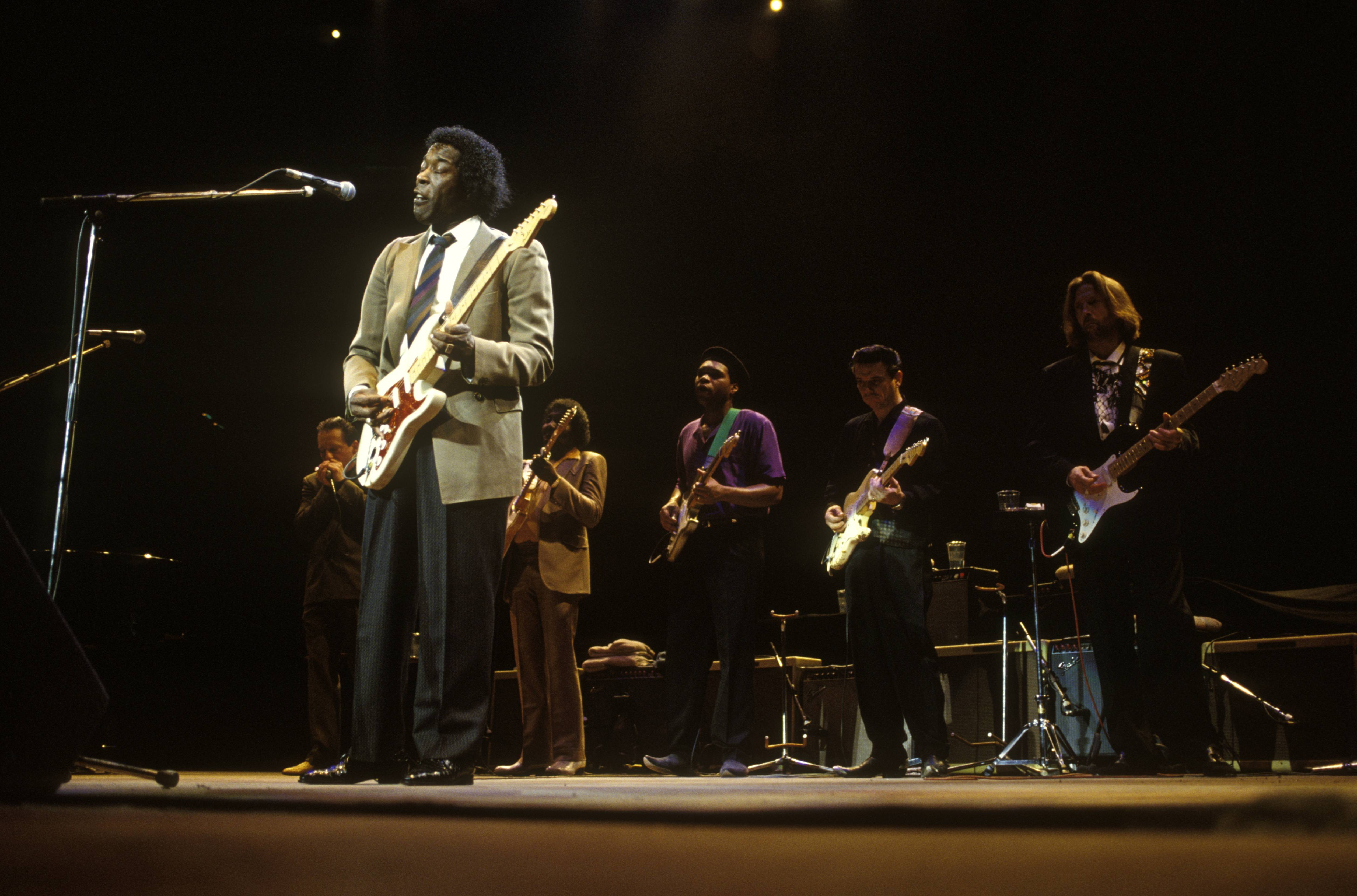 UNITED KINGDOM - JANUARY 01:  ROYAL ALBERT HALL  Photo of Robert CRAY and Buddy GUY and Albert COLLINS and Eric CLAPTON, with