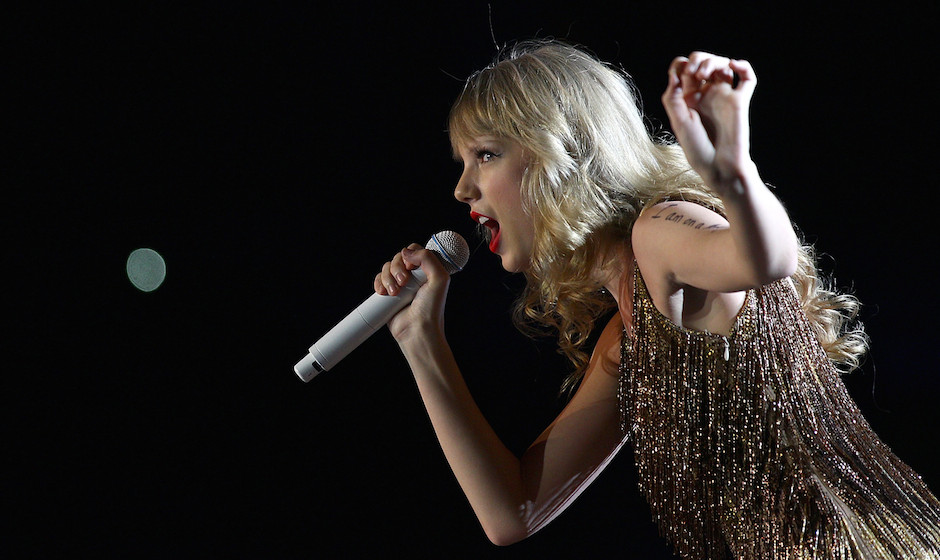 Taylor Swift performs live on stage at the The Burswood Dome on March 2, 2012 in Perth, Australia.