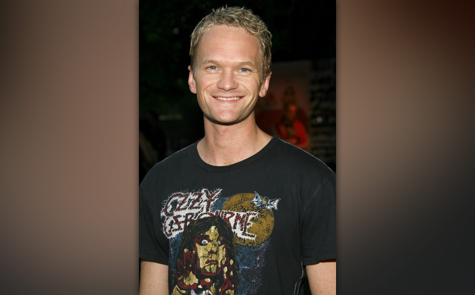 Neil Patrick Harris during Silver Spoon Golden Globes Hollywood Buffet - Day 1 at Private Residence in Beverly Hills, Califor