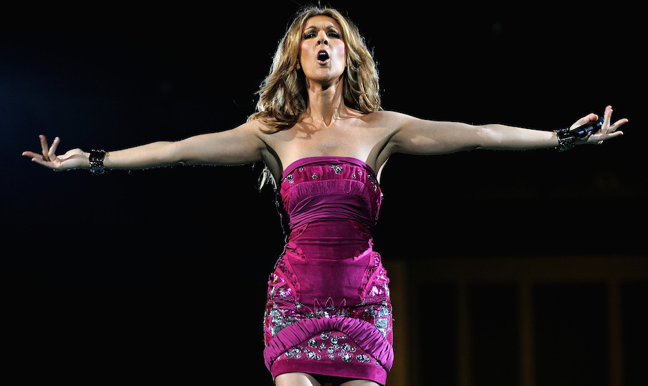 LONDON - MAY 06:  Singer Celine Dion performs at the O2 Arena on May 6, 2008 in London, United Kingdom.  (Photo by Gareth Cat