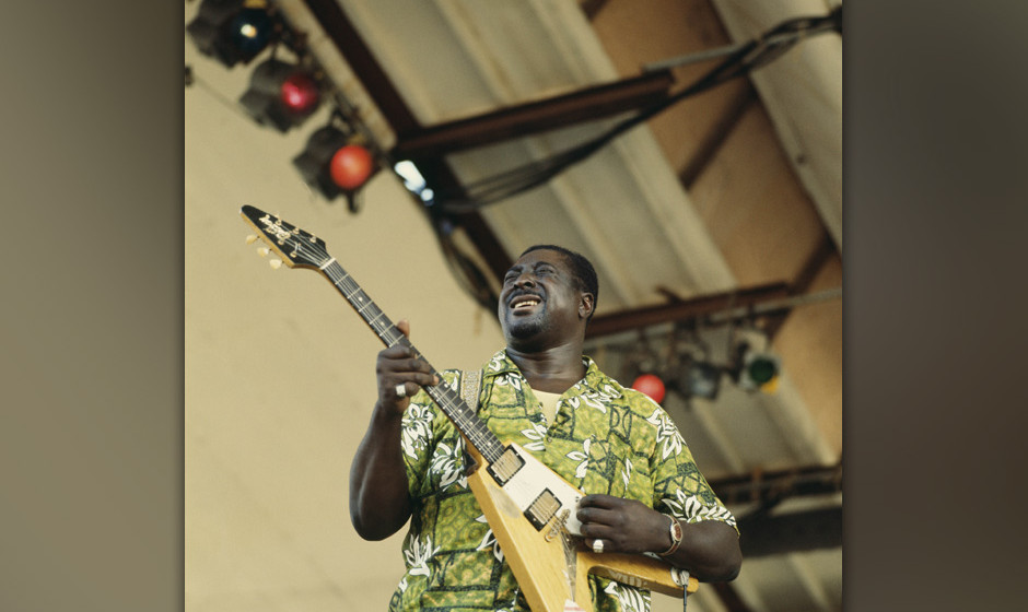 UNITED STATES - JULY 12:  Photo of Albert KING; Albert King performing on stage,  (Photo by David Redfern/Redferns)