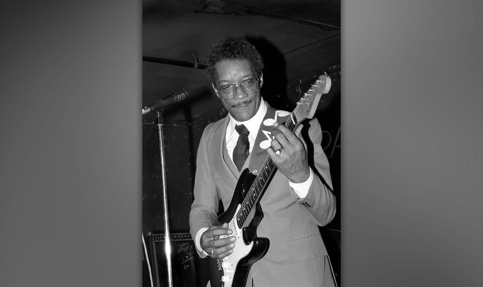 Hubert Sumlin at Tramps in New York City on June 26,1987.