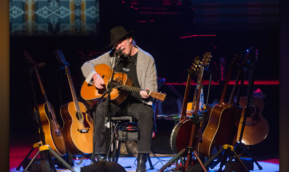 HOLLYWOOD, CA - APRIL 01:  Singer/songwriter Neil Young performs onstage at Dolby Theatre on April 1, 2014 in Hollywood, Cali