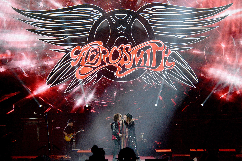 NEWARK, NJ - SEPTEMBER 03:  Aerosmith performs at Prudential Center on September 3, 2014 in Newark, New Jersey.  (Photo by Za