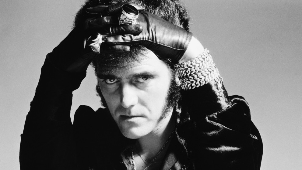 English pop singer Alvin Stardust, London, 16th February 1974. (Photo by Michael Putland/Getty Images)